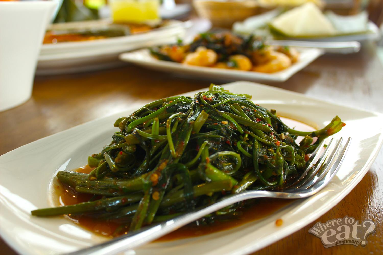 Tumis Kangkong Belachan